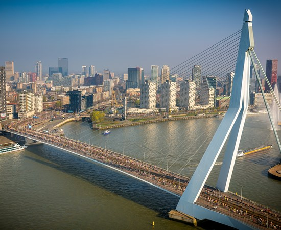 New role for iconic Erasmus Bridge at 38th NN Marathon Rotterdam